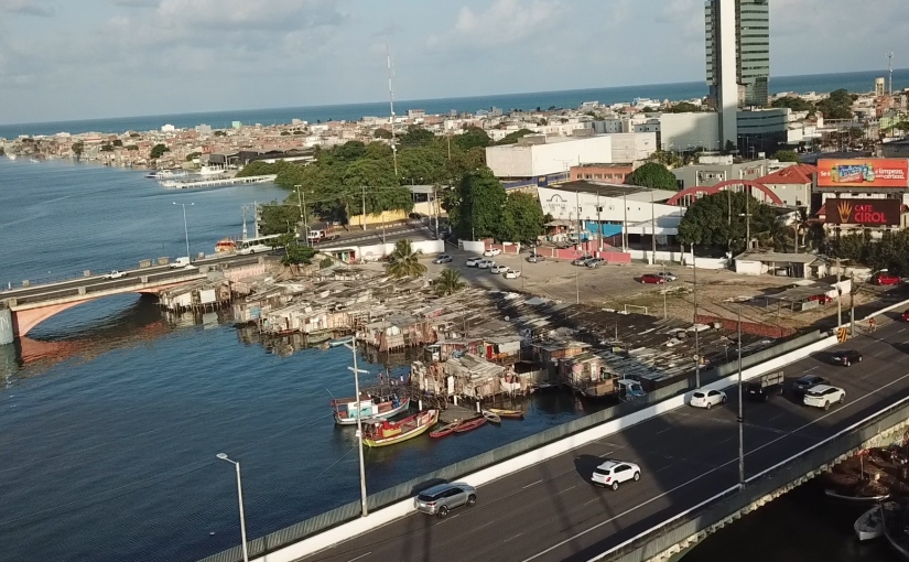 As palafitas das pontes doPina